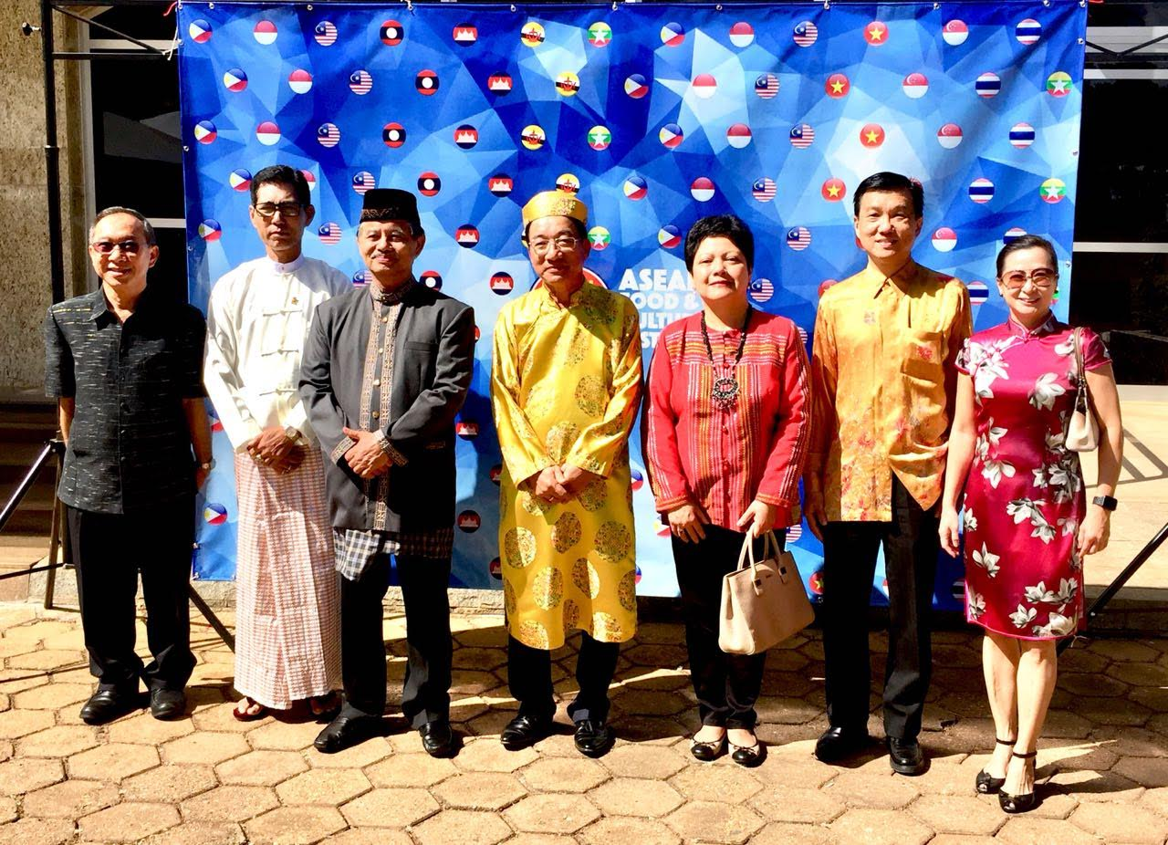 Ambassador Marichu Mauro joins the other ASEAN ambassadors for a commemorative photo.